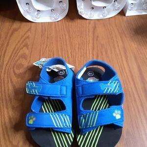 3/$15 Nickelodeon Paw Patrol flip flop sandals